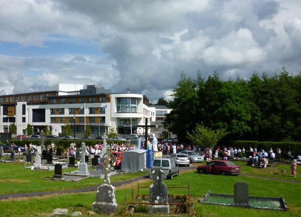 JL_Cemetery_Sunday_10_1.jpg