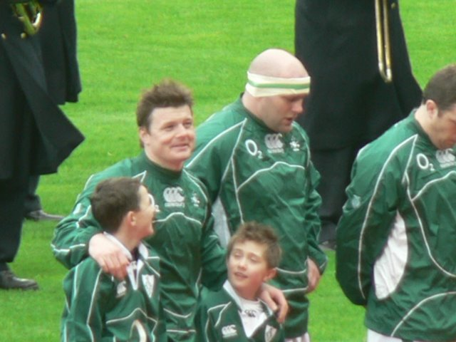 O'Driscoll with Mascots