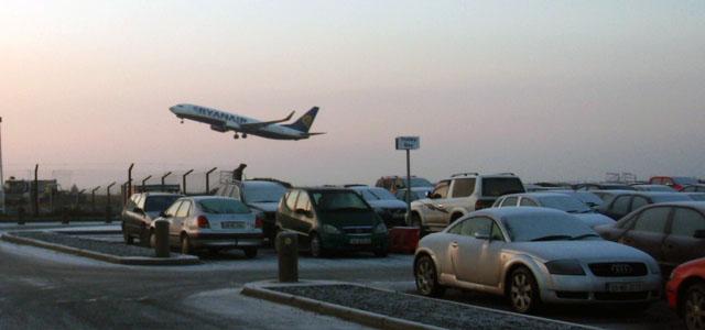 iwak_knock_airport_PC288244.jpg