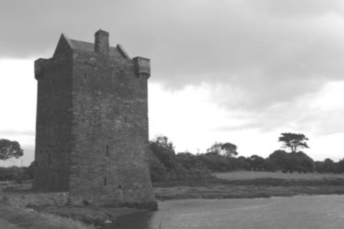 rockfleet_castle_k_b_w.jpg