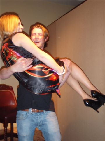 31_Contestant_Una_is_swept_off_her_feet_when_Mathew_looks_behind_the_screen_at_her_during_CARI_fun_Blind_Date.jpg