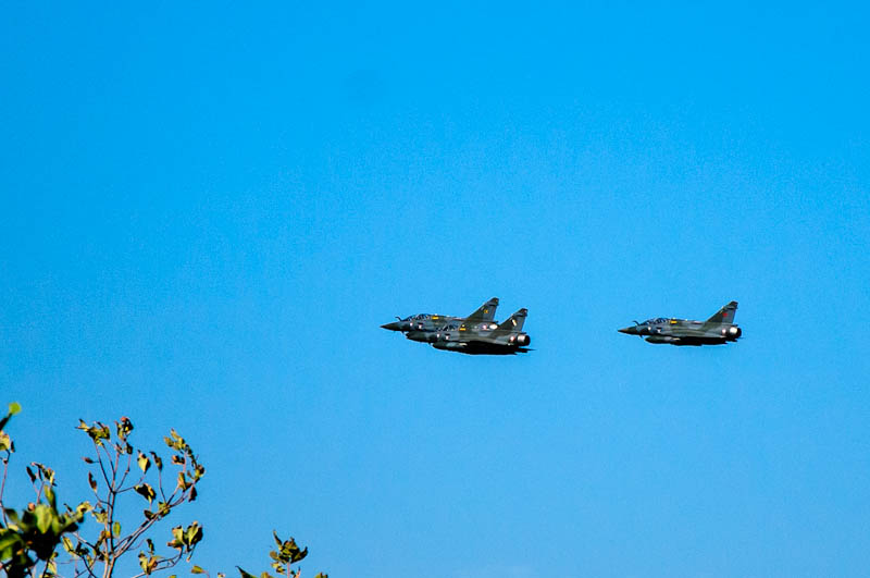 3_X_French_Mirage_Jet_Fighters.jpg