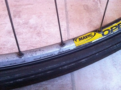 8_Flat_rim_tube_tyre.jpg