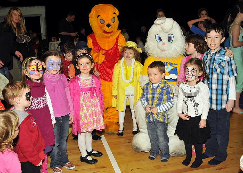 AWARE_Easter_party_APR_0885.jpg