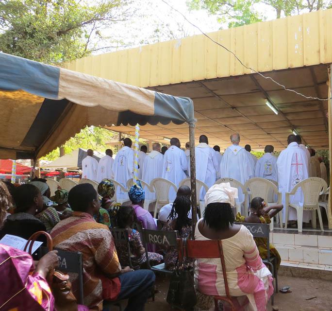 Bamako_Priests.jpg