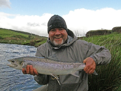 BerndGregan8lbsCatchRelease.JPG