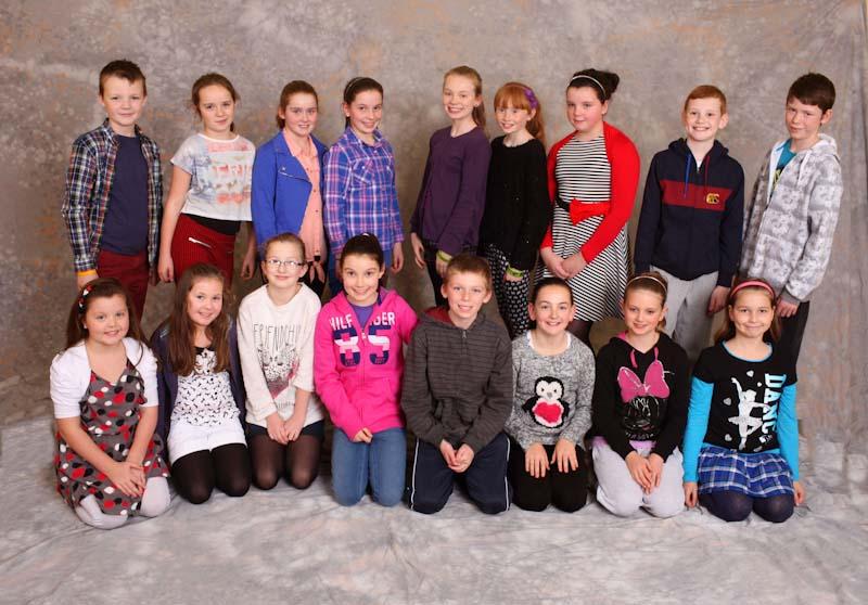 Castlebar_Pantomime_s_Sleeping_Beauty_10_year_old_Junior_Chorus.jpg