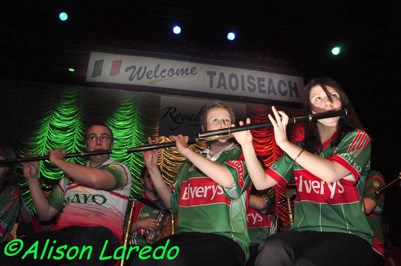 Castlebar_welcomes_Taoiseach_Enda_Kenny_by_Alison_Laredo_4.jpg