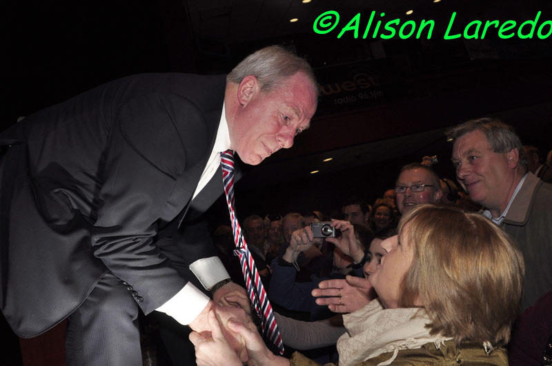 Castlebar_welcomes_Taoiseach_Enda_Kenny_by_Alison_Laredo_5.jpg