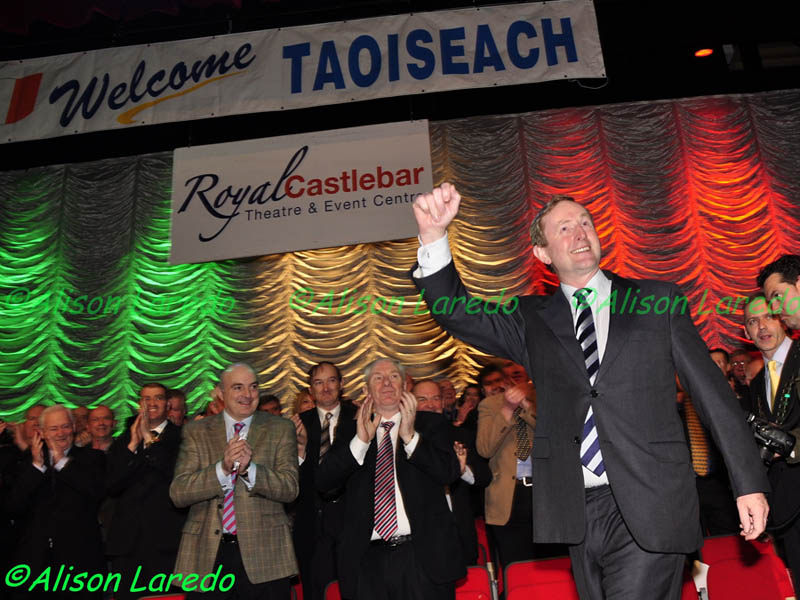 Castlebar_welcomes_Taoiseach_Enda_Kenny_by_Alison_Laredo_9.jpg