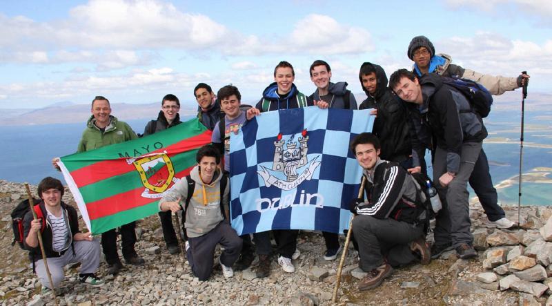 Drimnagh_Castle_CBS_join_TDYC_29th_April_2012_on_The_Reek.jpg