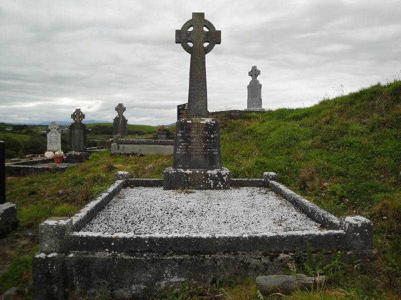 Grave_of_Thomas_OMalley_and_Thomas_Lally.jpg