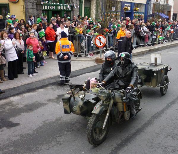 JL_StPatricksParade2011_1.jpg