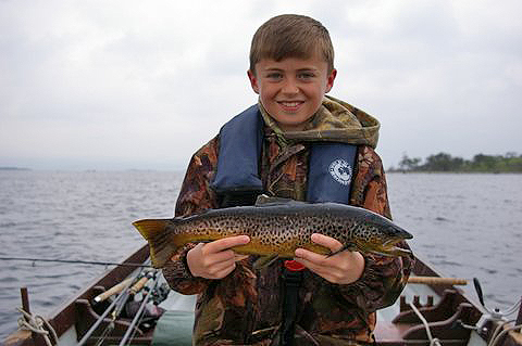 Keith_Corrigan_8yo_3lbs_Mask_trout_April_2014.jpg