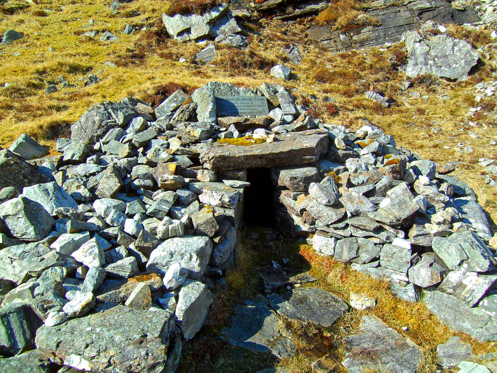 ST PARTICK'S HOLY WELL