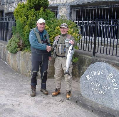 Ridge_pool_first_salmon_caught_by_John_Binns_Foxford_28-4-11_006.jpg