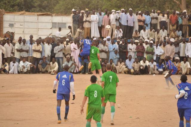 Soccer_match_Goz_Beida.jpg