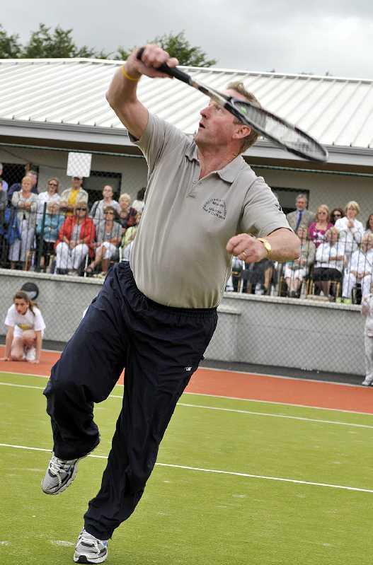 Tennis_Club_2527.jpg
