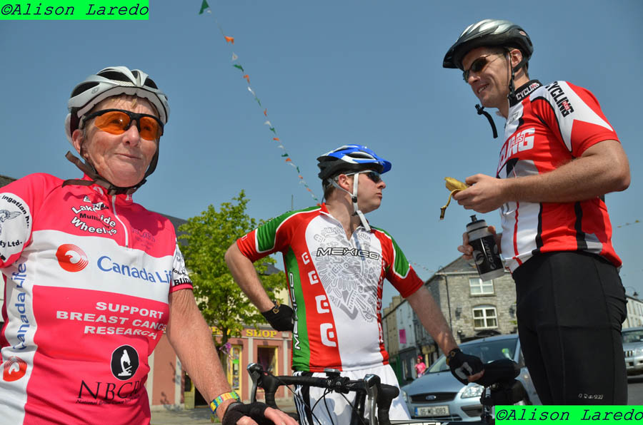 _Pink_Ribbon_100km_Cycle_2011_by_Alison_Laredo_12.jpg