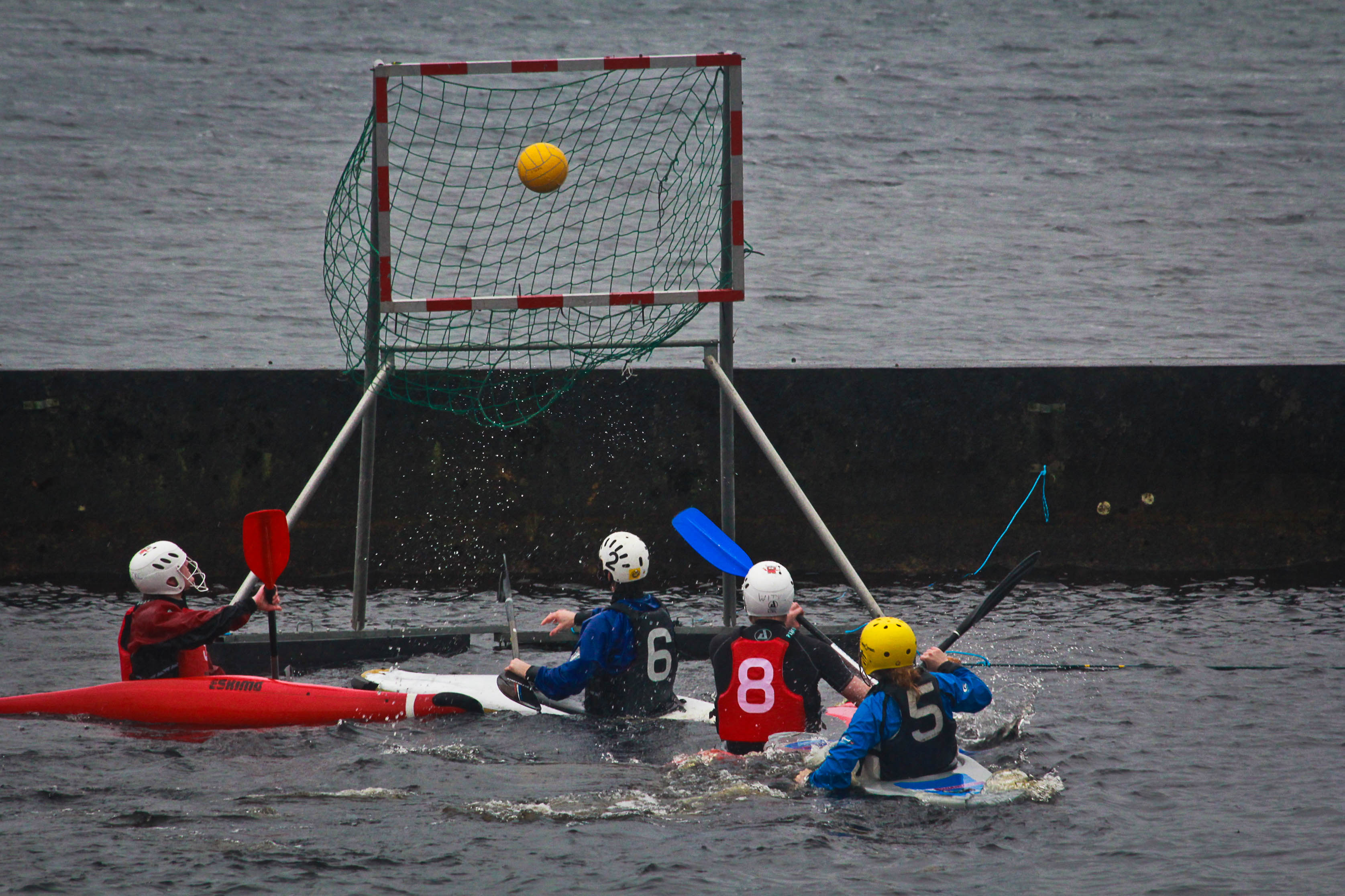 action_form_the_kayak_polo.jpg