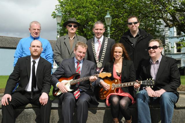 committee_2_Enda_Kenny_Grainne_Duffy_castlebar_blues_and_beyond_0958.jpg