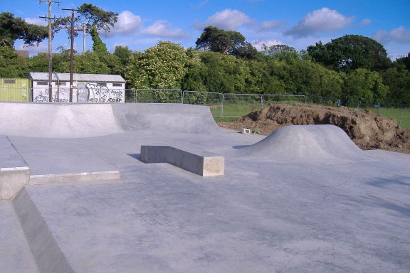 lucan_skatepark_1.jpg