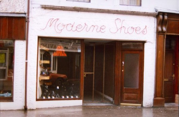 moderne_shoes.jpg