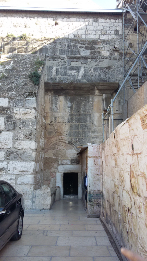 12_Church_of_the_Nativity_in_Bethlehem_2.jpg