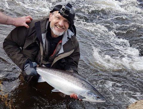 B_Garland_UK_returning_a_fine_Moy_Fishery_salmon.jpg