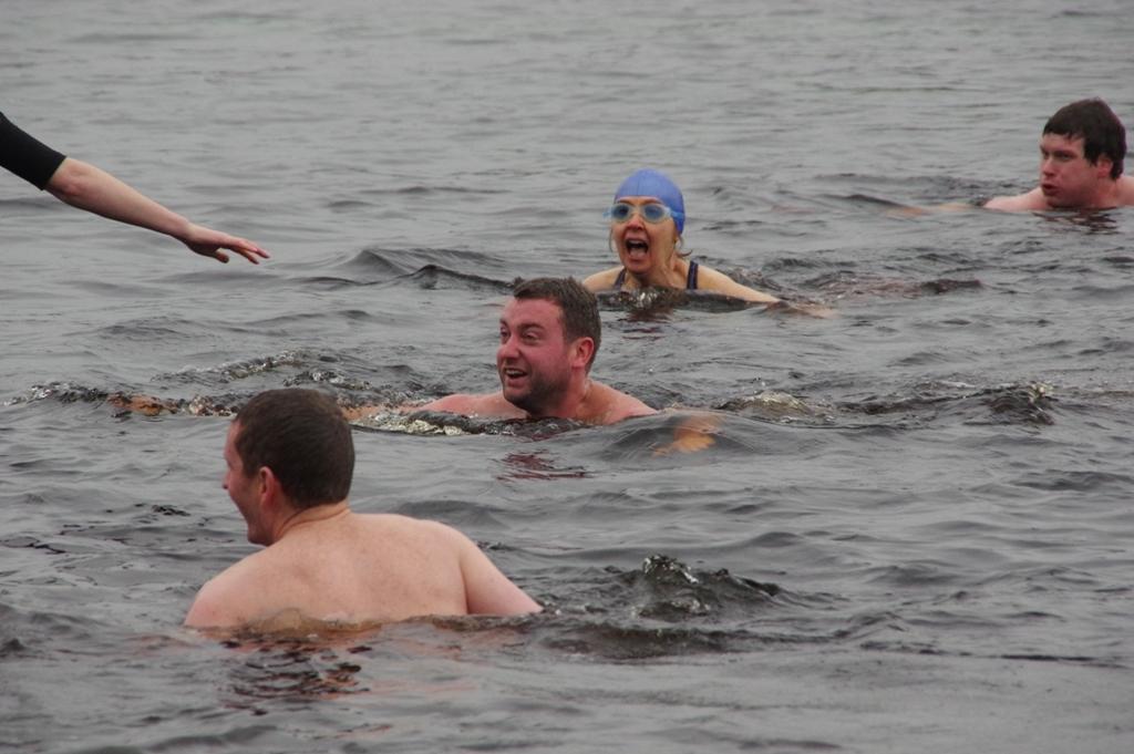 Castlebar_Christmas_Day_swim_2015_ws4_1.jpg