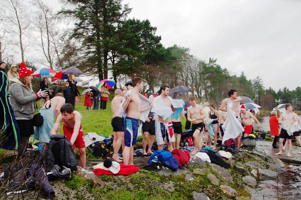 Castlebar_Christmas_Day_swim_2015_ws5_1.jpg