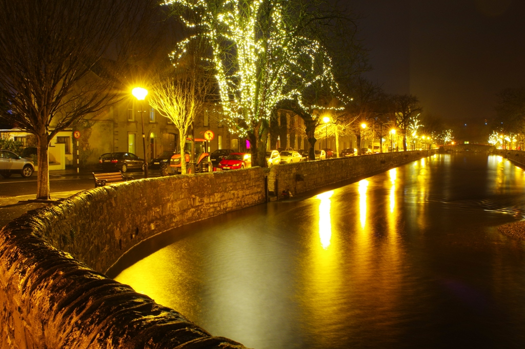 Castlebar_ie_Westport_Christmas_Day_lights_2015_085.jpg