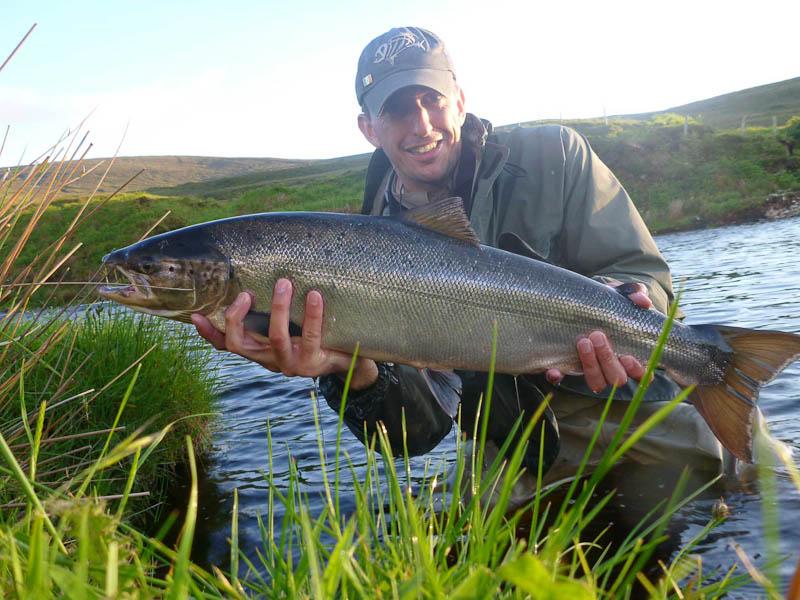 Danny_Verbessem_Belgium_with_his_his_biggest_Owenmore_salmon_10_lbs.jpg