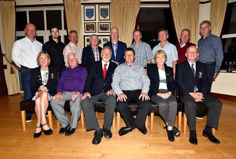 Golf_club_Presidents_prize_JUN_1832.jpg