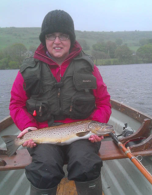 Muriel-Frazer-with-her-magnificent_L_Arrow_trout_of_5_lbs_6_oz.jpg