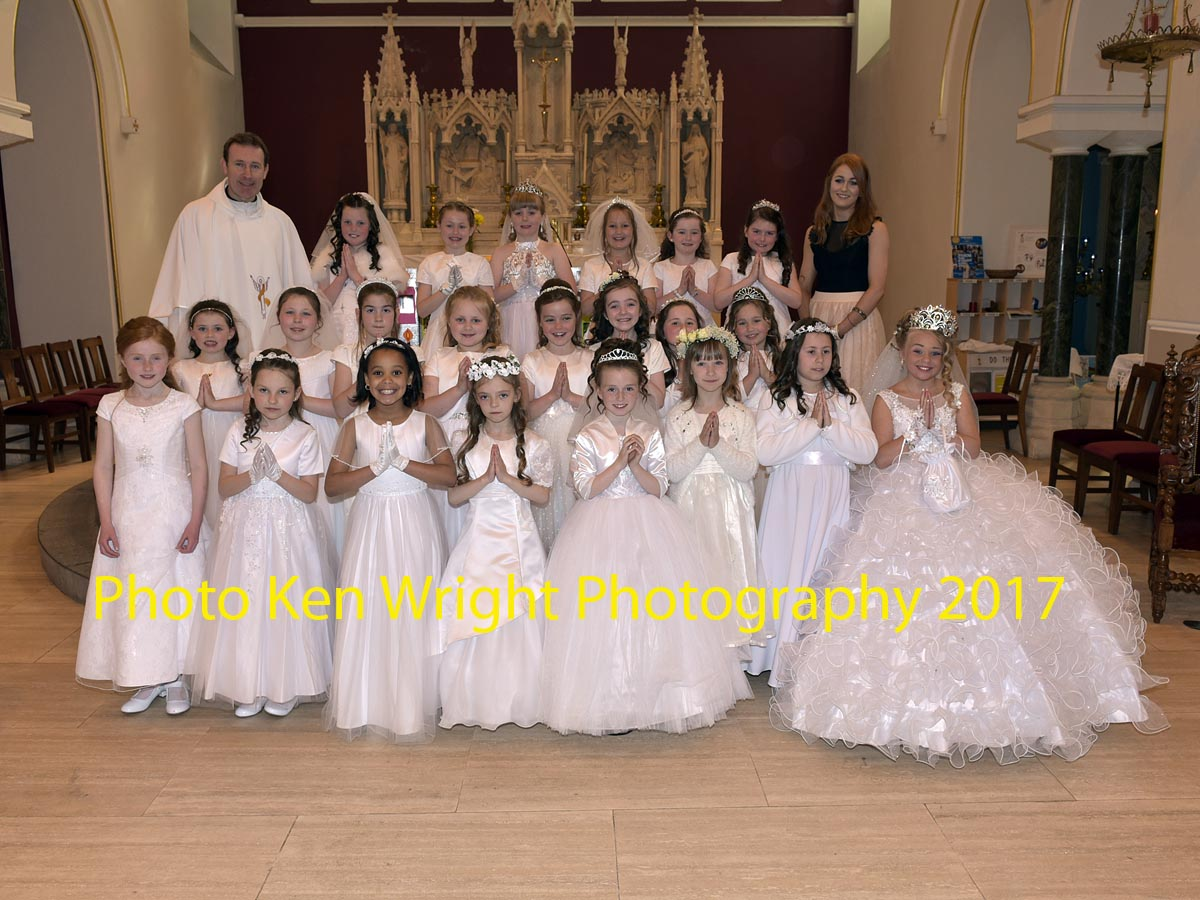 St_Angelas_Communion_Web_may2017_5020.jpg
