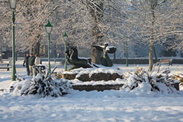 Some snowy scenes from the Mall in Castlebar during the cold spell just gone by. Click on photo for more.