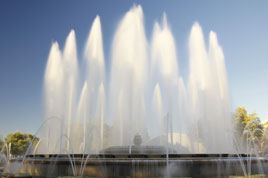 The magic fountain in Barcelona. Robert J has another impressive gallery of photos - Barcelona's beach front, galleries, aquarium.. Click on photo to view.