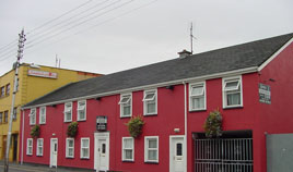 Kenny's Guesthouse on Lucan Street - right in the heart of Castlebar is the ideal base for your stay in Mayo. Click on photo for more.