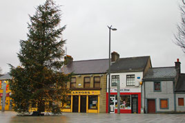 Some photographs from the deserted streets of Castlebar this afternoon -  Christmas Day 2011