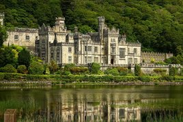 Some classic shots of Kylemore Abbey from Robert Justynski. Click on photo to scroll through his gallery.