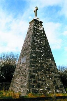 Brian Hoban has an interesting piece about the monument at French Hill. Click on photo for the details.
