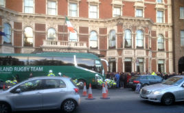 A bit of a scrum spotted outside the Shelbourne Hotel in Dublin. Click on photo for more.