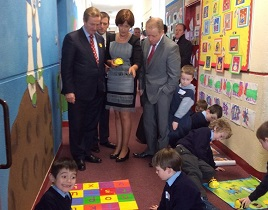 An Taoiseach, Enda Kenny TD, visited St Patrick's BNS on March 28th 2014 to present the Digital Schools of Distinction award.