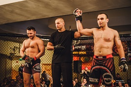 Robert Justynski has a gallery of photos from the West Cage Fighting Championship held at the Welcome Inn Hotel Castlebar. Click on photo to view.