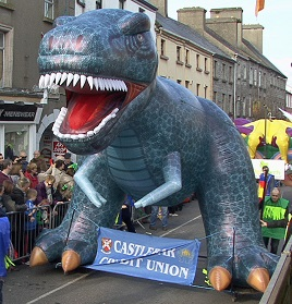 Jack Loftus has a final batch of photos from the parade - featuring Dinosaurs and Dragons plus a large Spiderman. Click above to view.