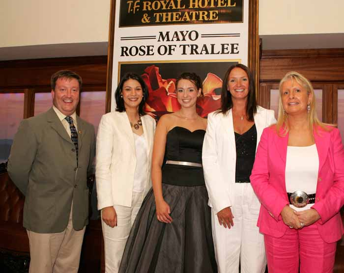Pictured at a farewell reception for the Mayo contestant in the Rose of TraleeAoibhinn Ní Shúilleabháin  in the TF Royal Hotel and Theatre Castlebar from left Colm Croffy Regional Co-ordinator Rose of Tralee, Mindy O'Sullivan Flannelly (former Rose of Tralee);  Mayo Rose of Tralee Aoibhinn Ní Shúilleabháin; Marita Staunton, former Rose of Tralee; and Mary Jennings Chairperson Mayo  Rose of Tralee committee. Photo: Michael Donnelly.