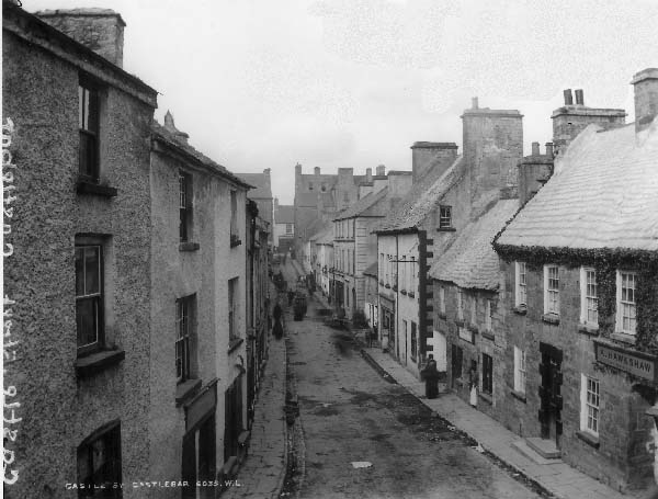 Castle Street Castlebar - Early 1900s Lawrence Collection
